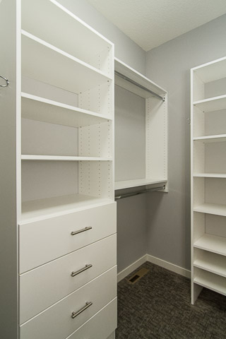 21 Walk-in Closet Organizers